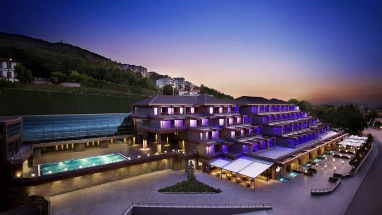 فندق ديفان بورصا من الخارج