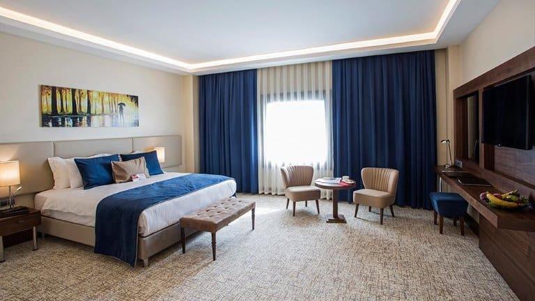 غرفة دبل في فندق رمادا يلوا