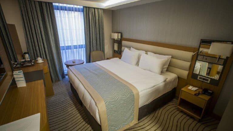 غرف فندق غراند تركواز