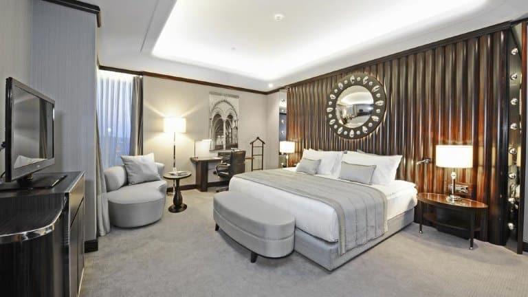 غرف فندق كراون بلازا بورصة
