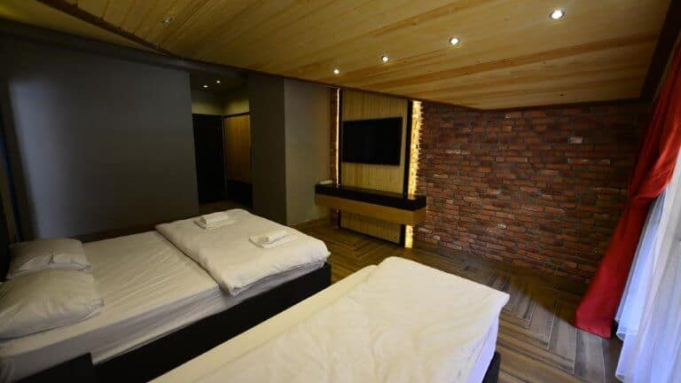 غرفة فندق انان كارديشلار اوزنجول