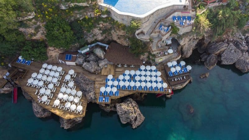 جلسات على بحر انطاليا من فندق رمادا بلازا