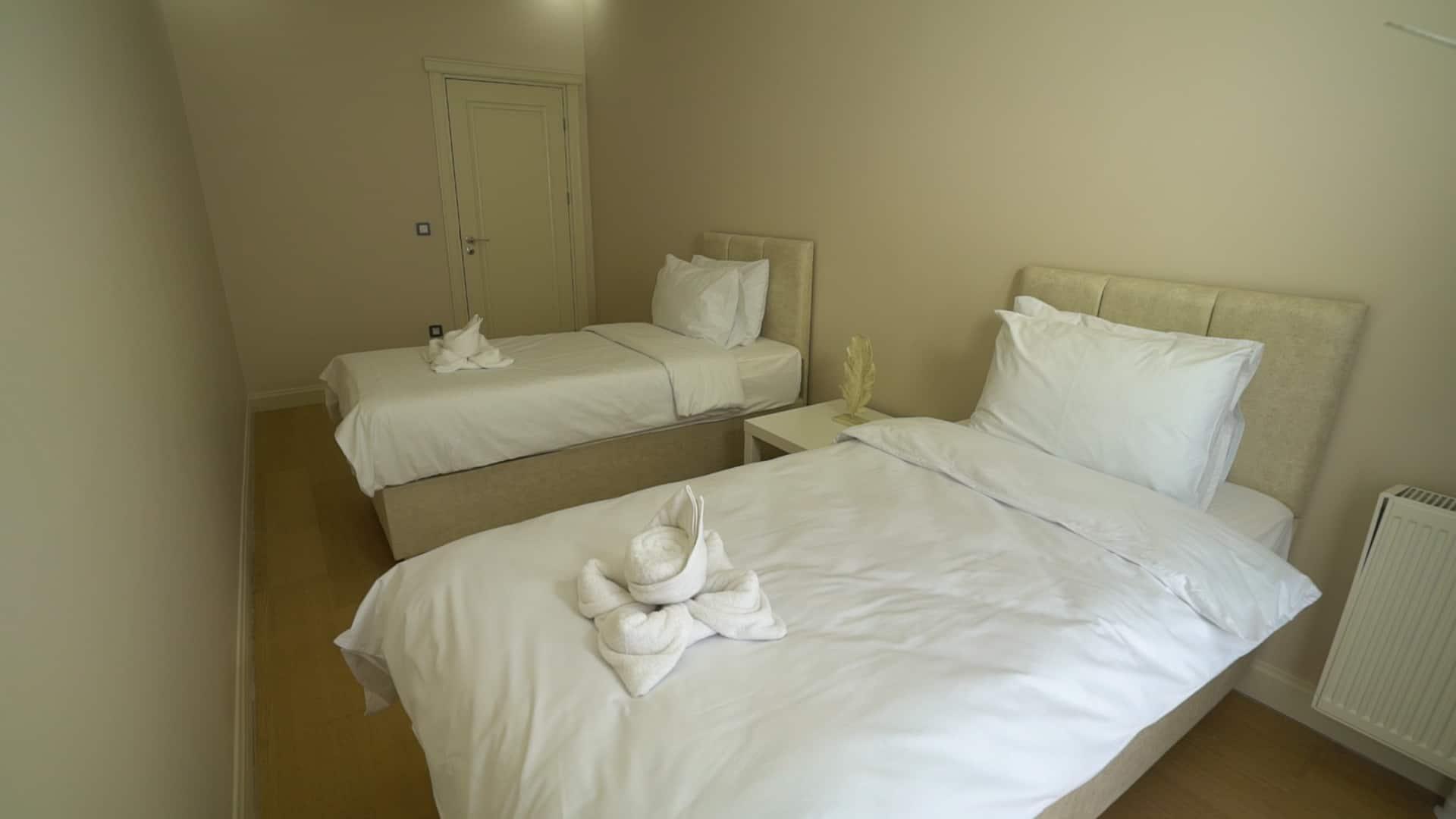 غرفة الاطفال في شقق للايجار في فينيسيا لمدة اسبوع غرفتين وصالون