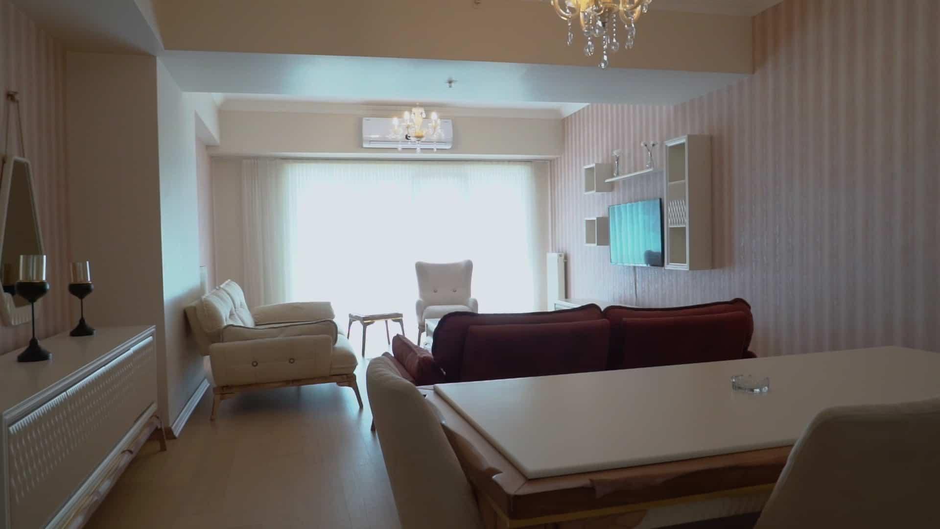 صالون شقة 3 غرف وصالون للايجار في مول فينيسيا