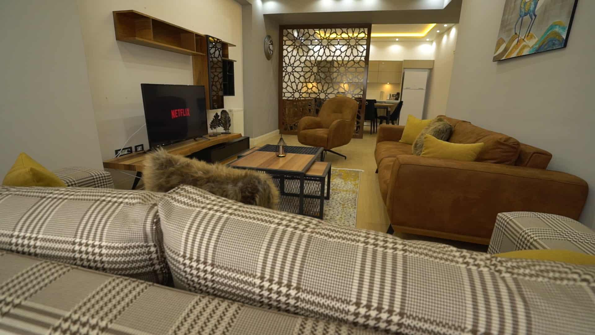غرفة القعدة شقق للايجار في فينيسيا لمدة اسبوع غرفتين وصالون
