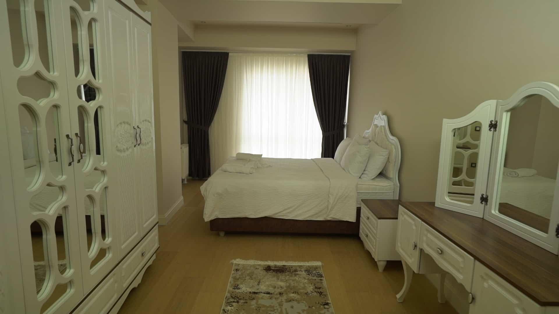غرفة نوم شقق للايجار في فينيسيا لمدة اسبوع غرفتين وصالون