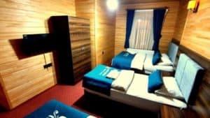 غرفة ل 4 اشخاص خشبية