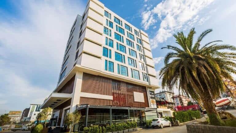 بناء بفندق اسيليا aselia