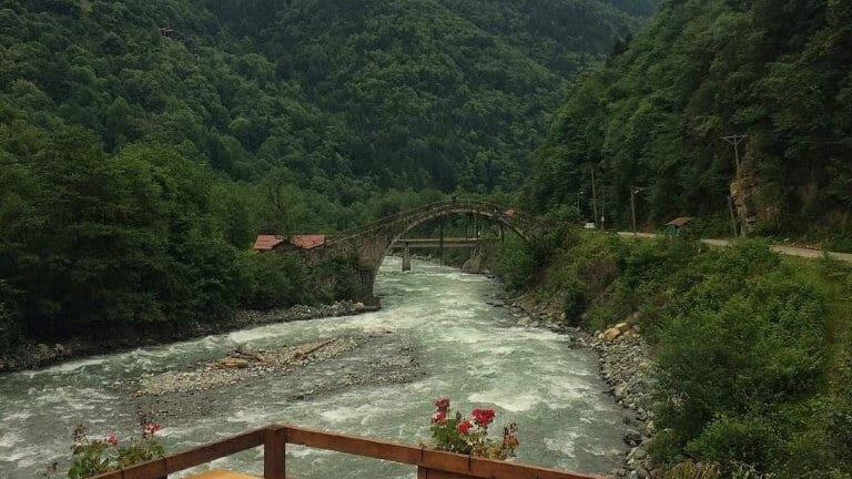 صورة من نهر ايدر