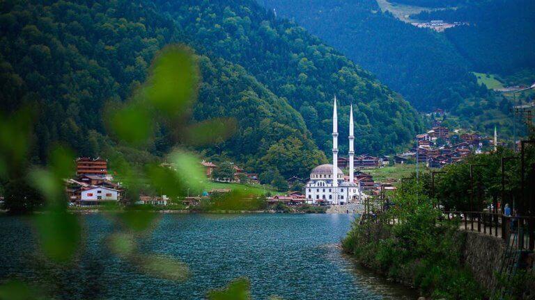 صورة عن بحيرة اوزنجول