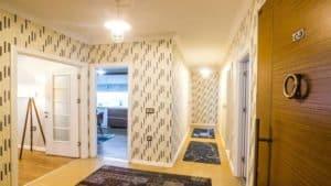 مدخل شقق فخمة وموزع للغرف