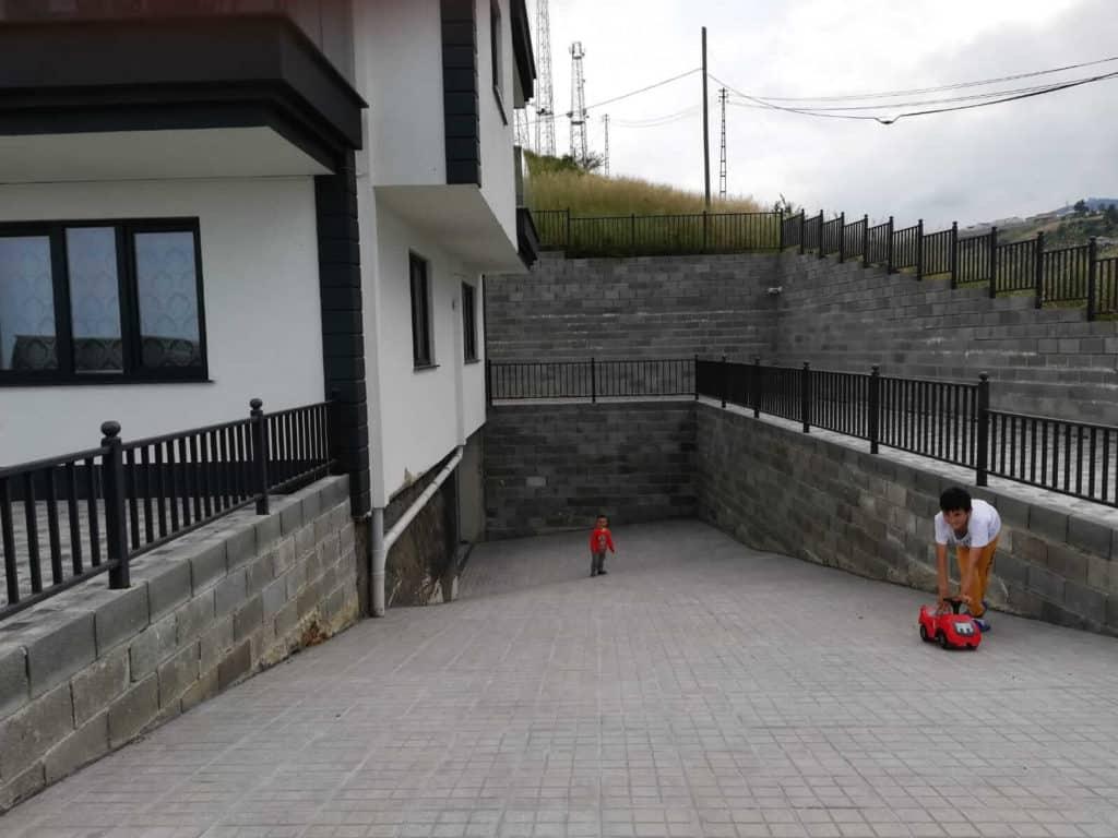 مدخل بناء