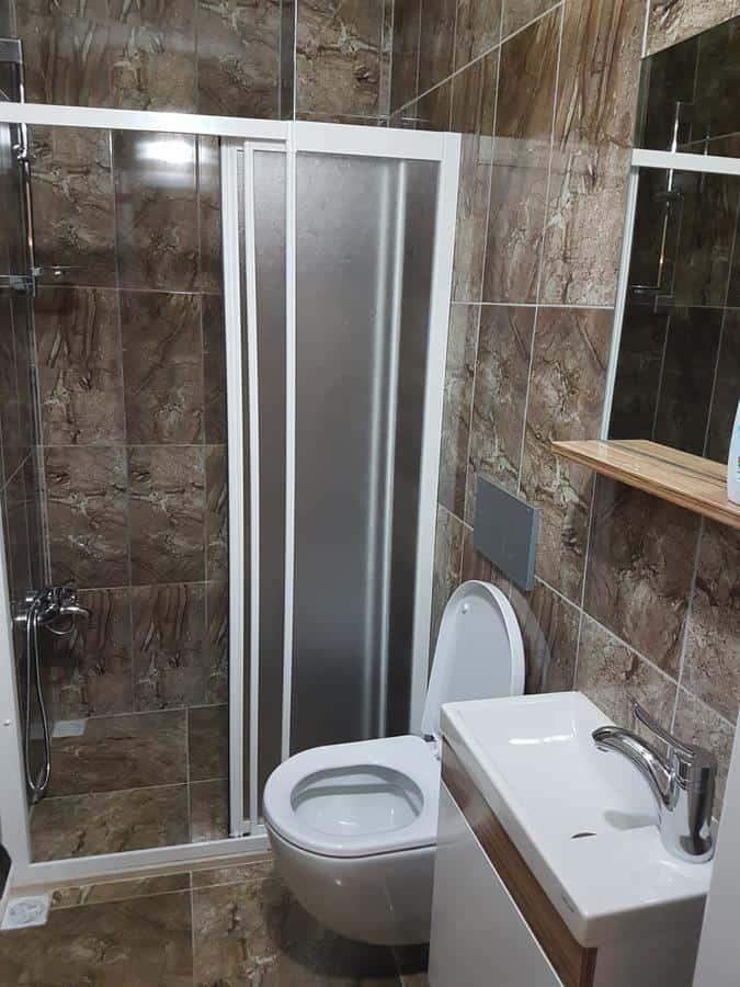 حمام ودوش في شقق طرابزون