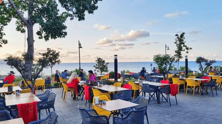 جلسات مطلة على البحر افضل مطاعم طرابزون افطار
