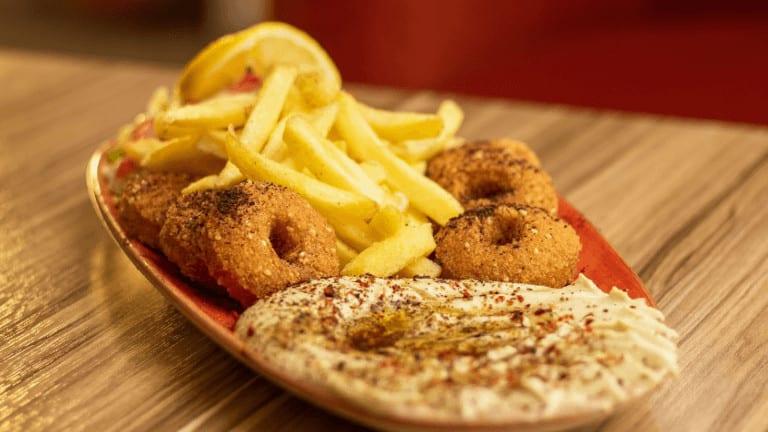 صحن حمص وفلال افضل مطعم عربي في طرابزون