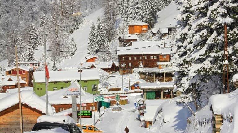 الثلوج في ايدر في فصل الشتاء