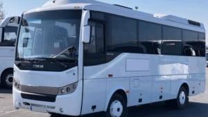 صورة لأحد الباصات لجولة الى بورصة