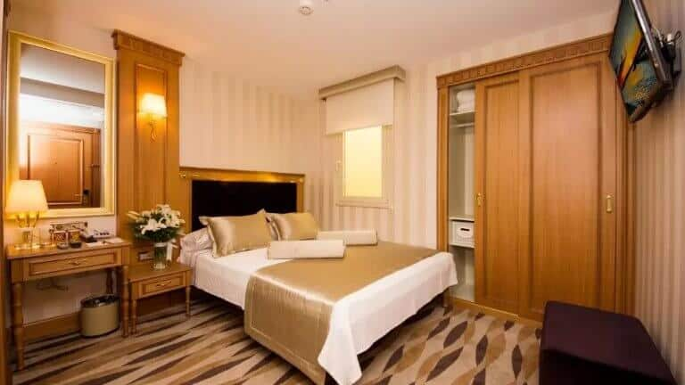 فندق ابريليس السلطان احمد