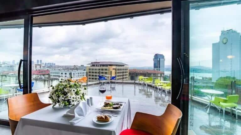 فندق بوينت - من اشهر فنادق اسطنبول تقسيم 5 نجوم