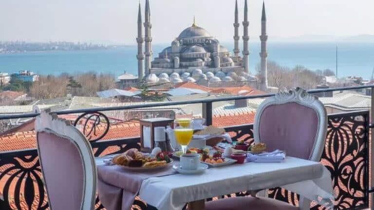 فندق راست السلطان احمد