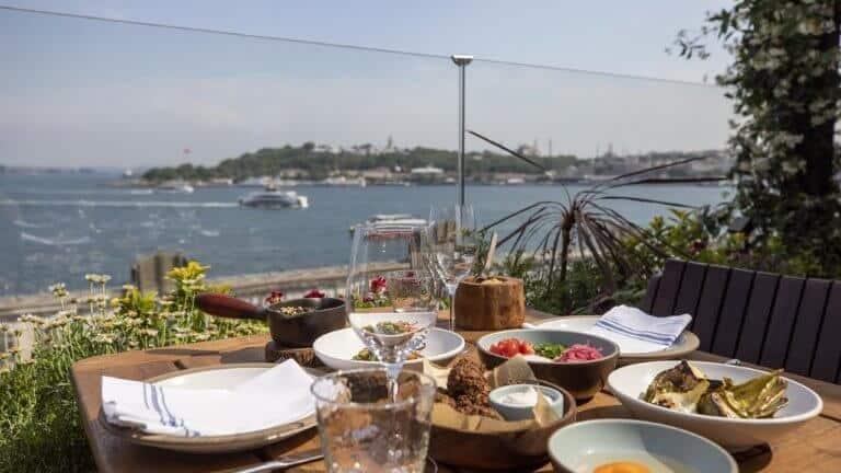 فندق نوفوتيل اسطنبول البوسفور مناسب للشباب
