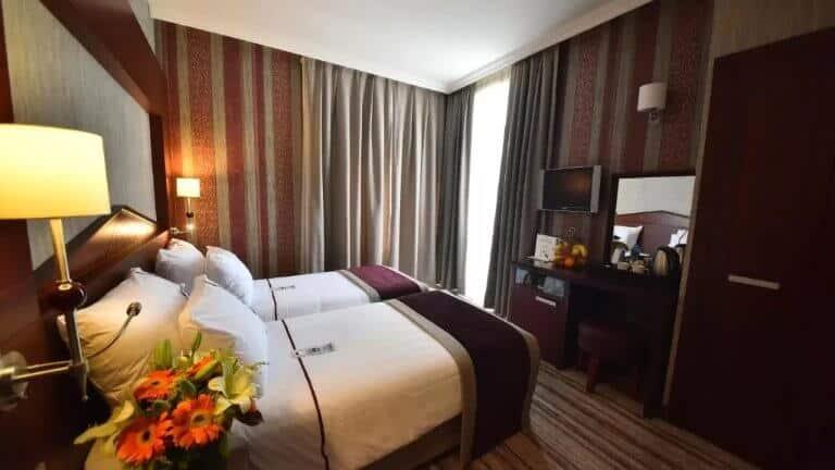 فنادق في تقسيم 4 نجوم مع مسبح - فندق جونين