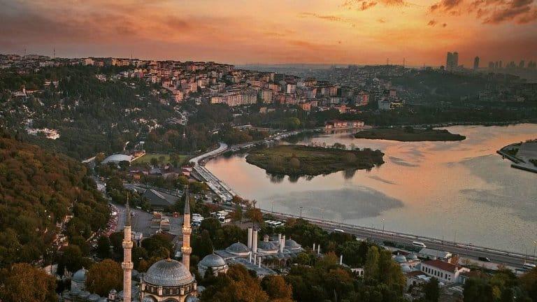 القرن الذهبي ستزوره في رحلة الى تركيا لمدة اسبوع
