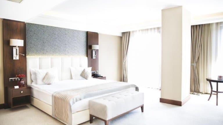 غرفة فندق جراند اراس