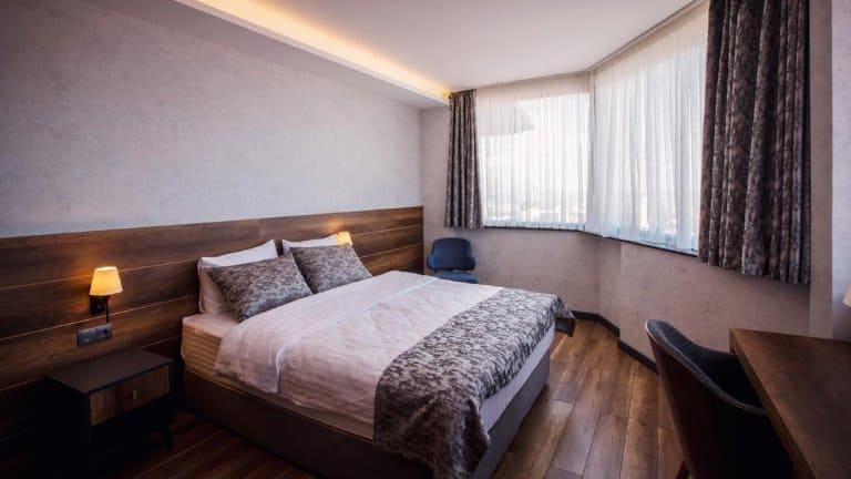 فندق لايف بوينت من داخل الغرف