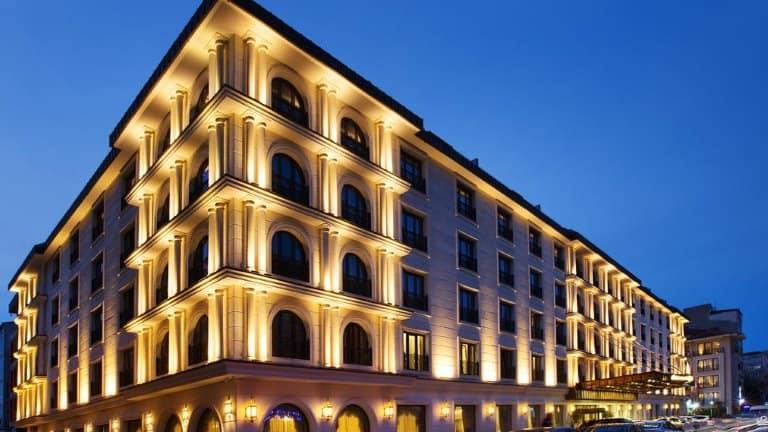 فندق اوتمان لايف ديلوكس