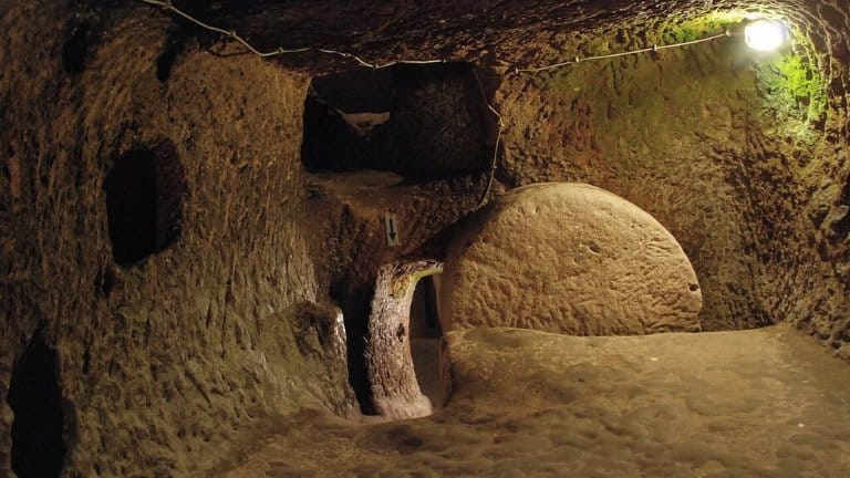 مدينة أوزكوناك تحت الأرض