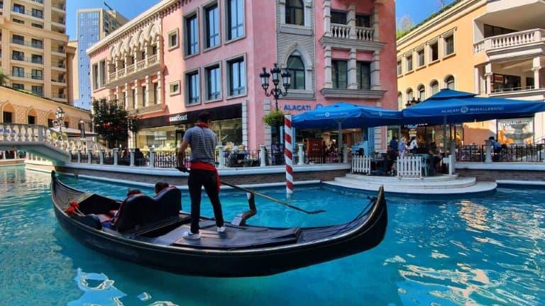 قارب مول فينيسيا اسطنبول