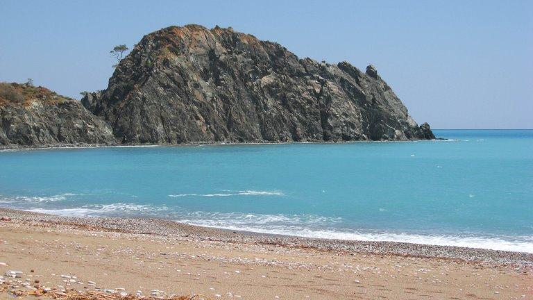 شاطئ سيرالي كمير