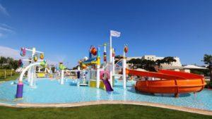 الألعاب المائية في فندق ريجنوم كاريا