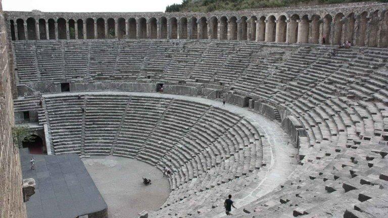 مسرح أسبندوس الأثري