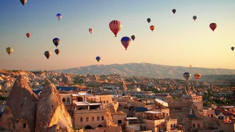 اجمل مدن تركيا السياحية - كابيدوكيا -